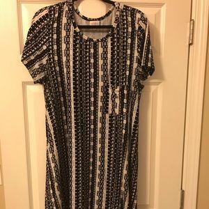 LuLaRoe Carly Dress Black & White XL